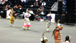 Teen Girls Jingle Group 1 - Manito Ahbee 2011