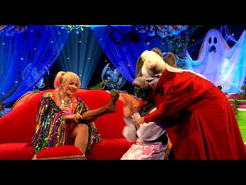 Tan France Licks Holly Willoughby's Toes - Celebrity Juice Series 22 Halloween Special
