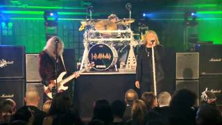 Def Leppard - Foolin (Live in NYC, November 2010) Celebrity Apprentice
