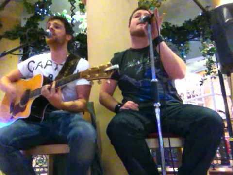 King & Jones - 'Long Train Running' - Doobie Brothers - Acoustic Cover