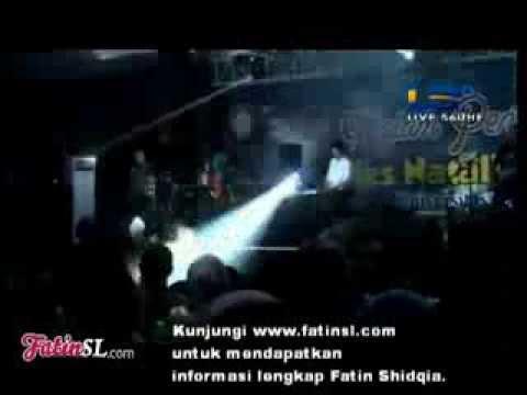 WOW FATIN Ngerap Pake Bahasa Inggris -JKB Live UB