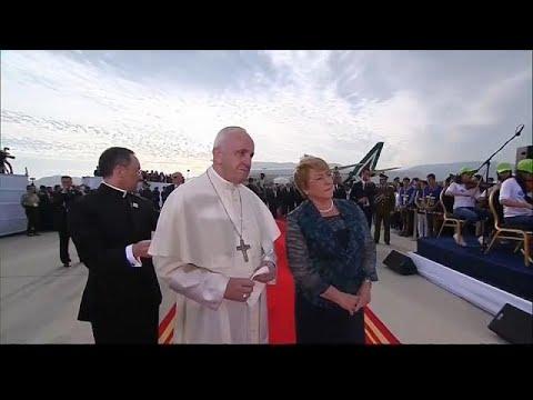 البابا فرانسيس في تشيلي لتحسين صورة الكنيسة بعد سلسلة الفضائح الجنسية  …  - 07:21-2018 / 1 / 16