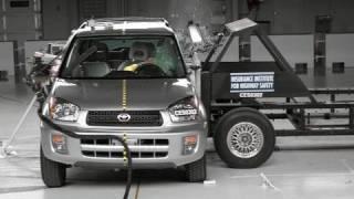 2003 Toyota RAV4 side test