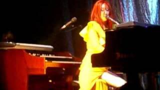 Tori Amos - Glory of the 80s (Live Oslo)