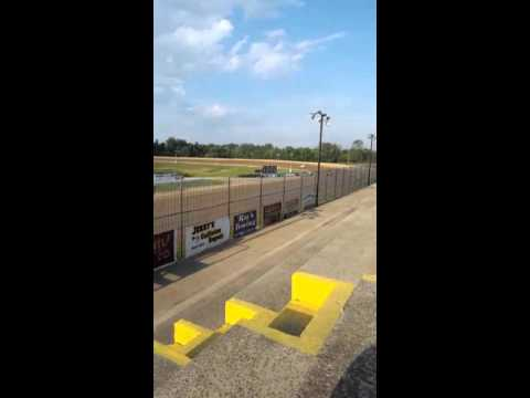 Non Wings Sprints at Hartford Speedway