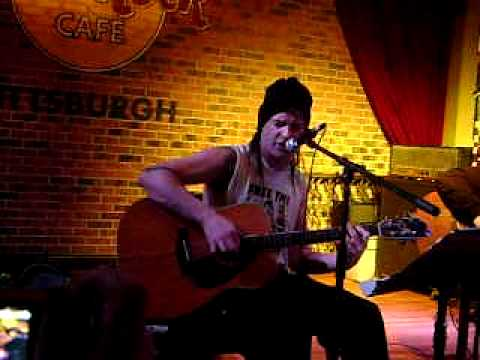 Michale Graves  Dust to Dust Acoustic Pittsburgh 2011