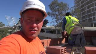 Как работают в Испании ,Работа в Испании | НАШИ В ИСПАНИИ Brigada1.lv(, 2017-06-02T16:58:41.000Z)