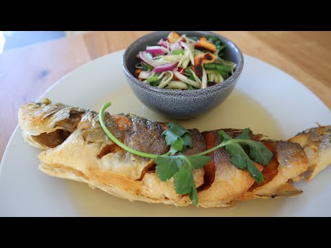 Thai Fried Fish With Green Mango Salad (Par Tod Yum Mamung)