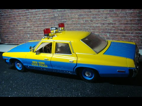 Unboxing and review of a 1:18 1974 Dodge Monaco NYPD, by ERTL