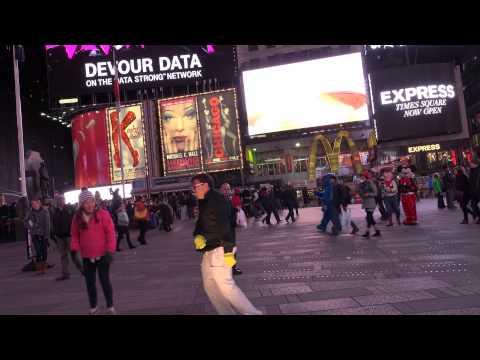 DAY 24  - TIMES SQUARE 69 - Techno Dances to Tiesto Club Life Vol 3  Stockholm