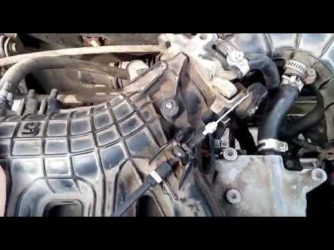 Как поменять тросик газа на ваз 2110 инжектор видео