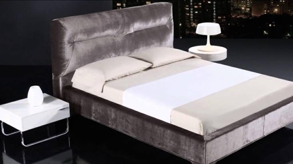 Cabeceros y camas modernas en mbar muebles youtube for Buros de cama modernos