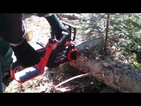 Black and Decker LCS1240 40V Chainsaw Log Cutting