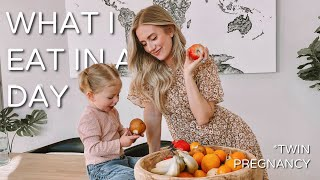WHAT I EAT IN A DAY | TWIN PREGNANCY AT 14 WEEKS | LAUREN LUYENDYK