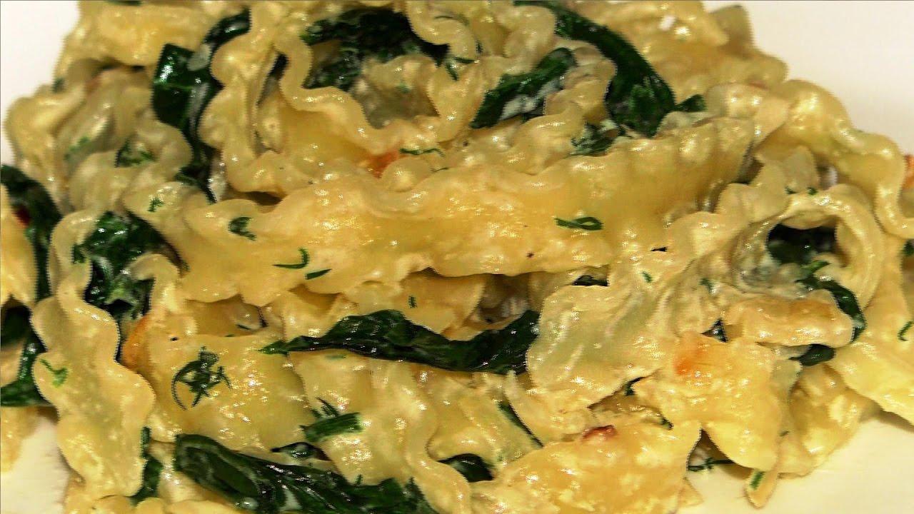 Как приготовить пасту со шпинатом сливками и крем-сыром .  Pasta . Рецепт пасты .