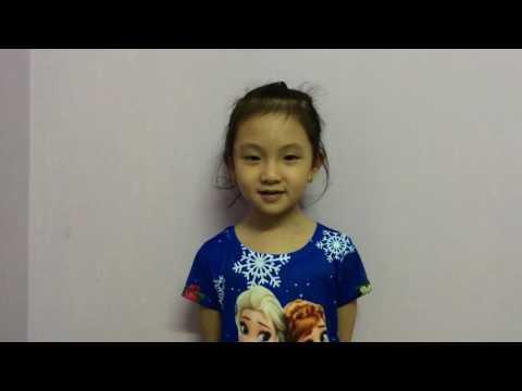 Ly Na đọc thơ tặng ông bà