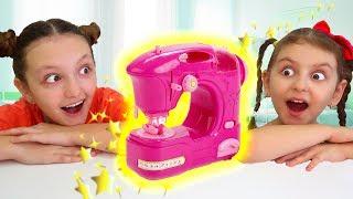 Mom Buys a Magic Toy Sewing Machine   Super Elsa