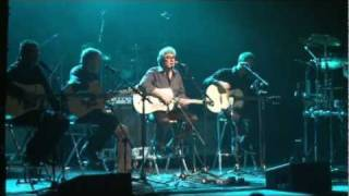 Graham Gouldman live with 10CC in Swansea with Levinson Acoustic Gu...