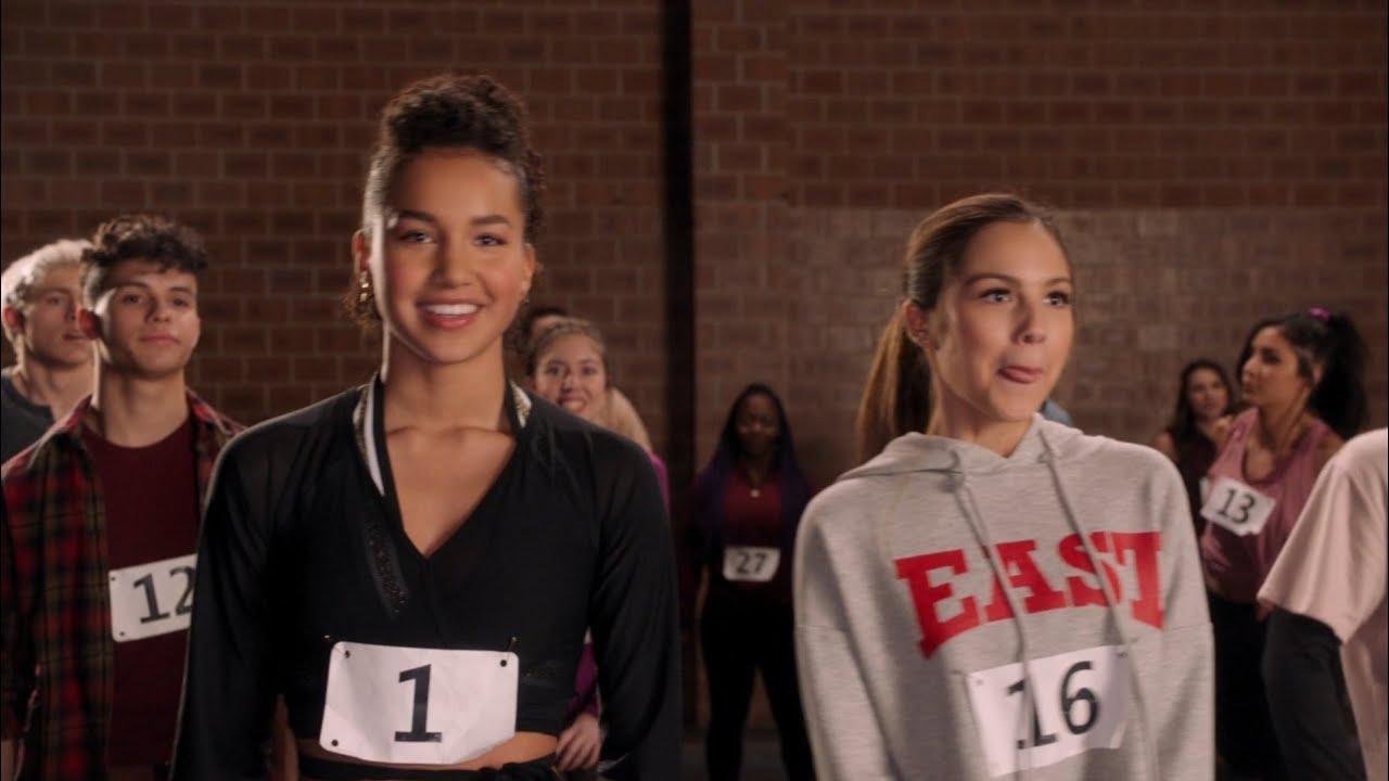 Download Nini meets Gina | hsmtmts 1x01