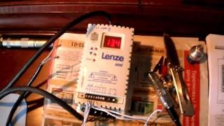 работа однофазного двигателя, через однофазный ПЧ Lenze на 220V