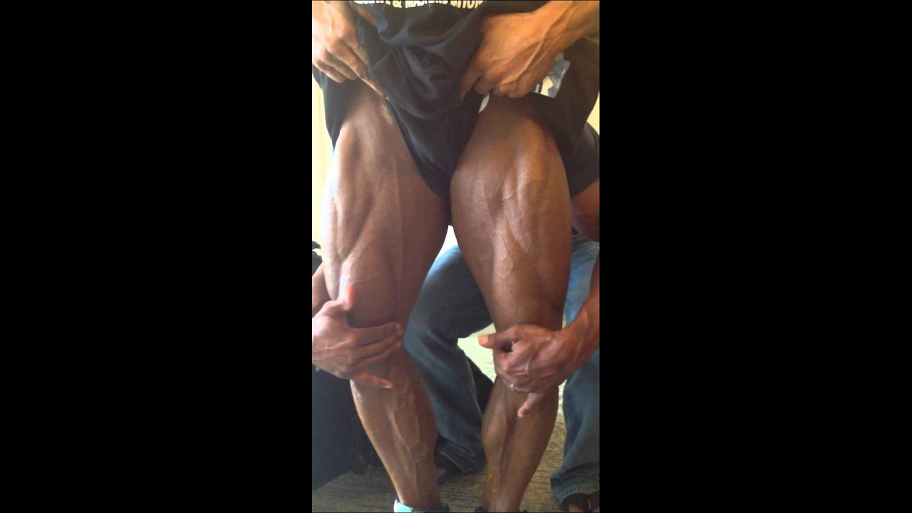 Bodybuilding education (leg posing practice) - YouTube