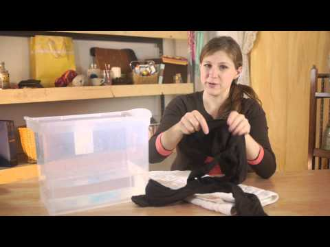 How to Wash Pantyhose : Felt, Wool, & Other Fabric Care thumbnail
