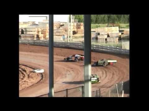 Shawano Speedway Shawano WI 6/15/05 IMCA Modifieds