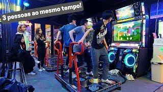 Baixar Jogando máquina de dança com coreanos | Wedding Crashers Co-op x3 | Pump it up XX