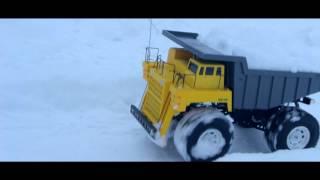 Mammoth Dump Truck Snow Adventure - Tom's RC Adventures