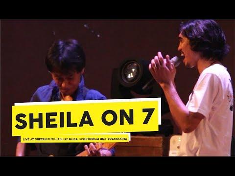 [HD] Sheila on 7 - Melompat Lebih Tinggi (Live at CORETAN PUTIH ABU #2)