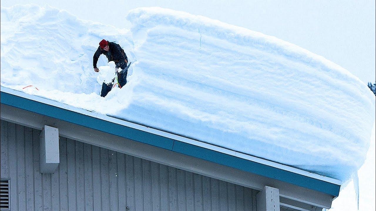 снег на крыше дома картинки подойдет