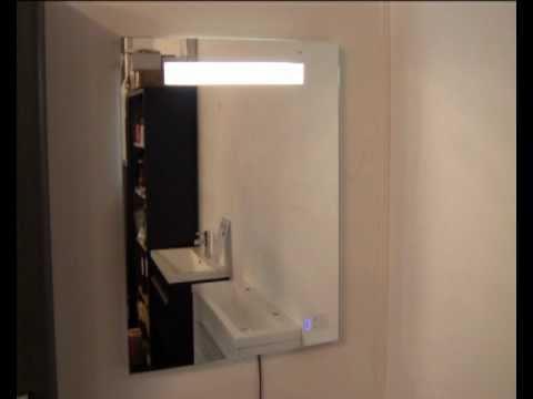 spiegel-met-verlichting-en-radio