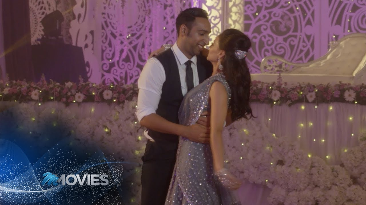Download Getting Hitched – Kandasamys: The Wedding | M-Net Movies