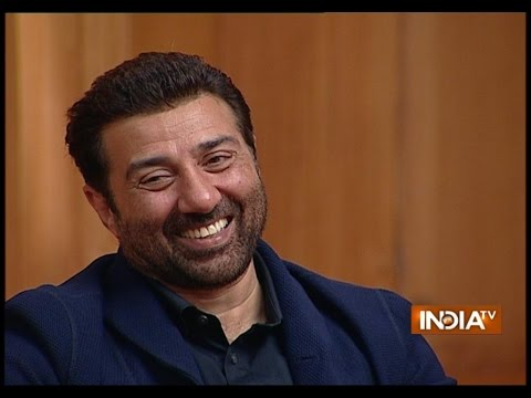 Sunny Deol Describes Hand Pump Scene of the Movie 'Gadar'