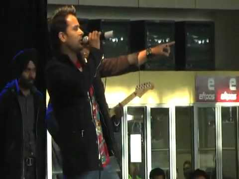 amrinder gill live at ludhiana- Je mile oh...