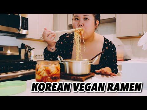 KOREAN VEGAN RAMEN NOODLES + KOREAN SPICY KIMCHI MUKBANG 먹방 EATING SHOW!