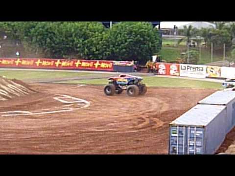 Monster Jam Panama 2010 @ Rod Carew Stadium