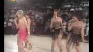 Doris D & The Pins - Dance On (Dutch TV)