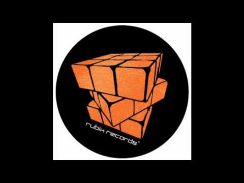 Mutt, Calculon & Kevin King - Easy On The Motion