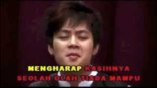 OMBAK DAN ARUS - ELIA PANDEAN & CHRISTY PODUNG (TOP 7 IDOL 2006)
