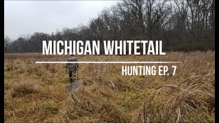 Zapętlaj 2018 Michigan Whitetail Hunting Season | Ep 7 | Michigan AmBush Outdoors
