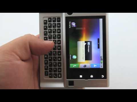 Motorola Devour - Motoblur Overview