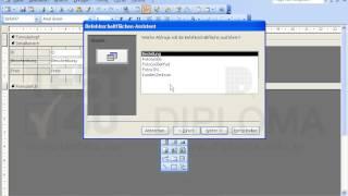 Fügen Sie eine Schaltfläche (Befehlsschaltfläche) mit dem Text Abfrage auf das Formular...