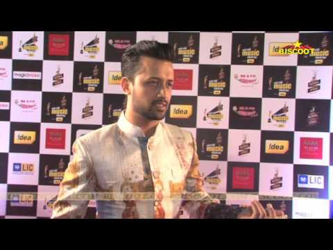 music-maestros-of-bollywood-attend-the-red-carpet-of-mirchi-music-awards