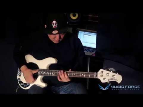 [MusicForce] Musicman Stingray 4 Basses Demo