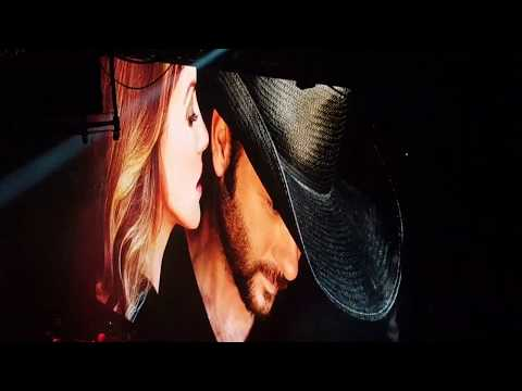 Soul To Soul Tour - It's Your Love - Live Air Canada Centre June 23, 2017. Tim McGraw and Faith Hill