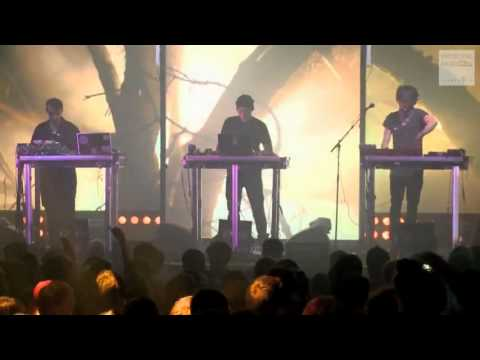 Moderat - Let Your Love Grow (Cologne 2010) HQ