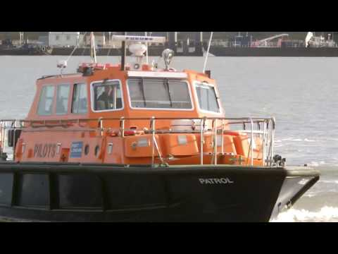Port of London Authority Pilot Boat | Waverly Paddle Steamer