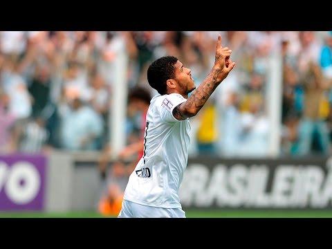 Leandro marca seu primeiro gol com a camisa do Santos