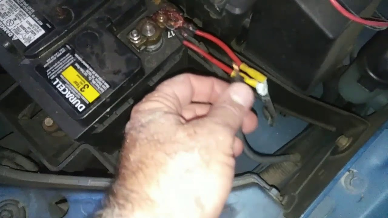 Ford Focus won't start the Jesus wire OMG - YouTubeYouTube